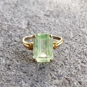 Jewelry - Vintage | Peridot & 10k Gold Ring